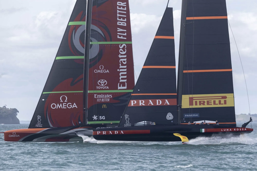 Al via le regate dell' America's Cup, Luna Rossa-New Zealand