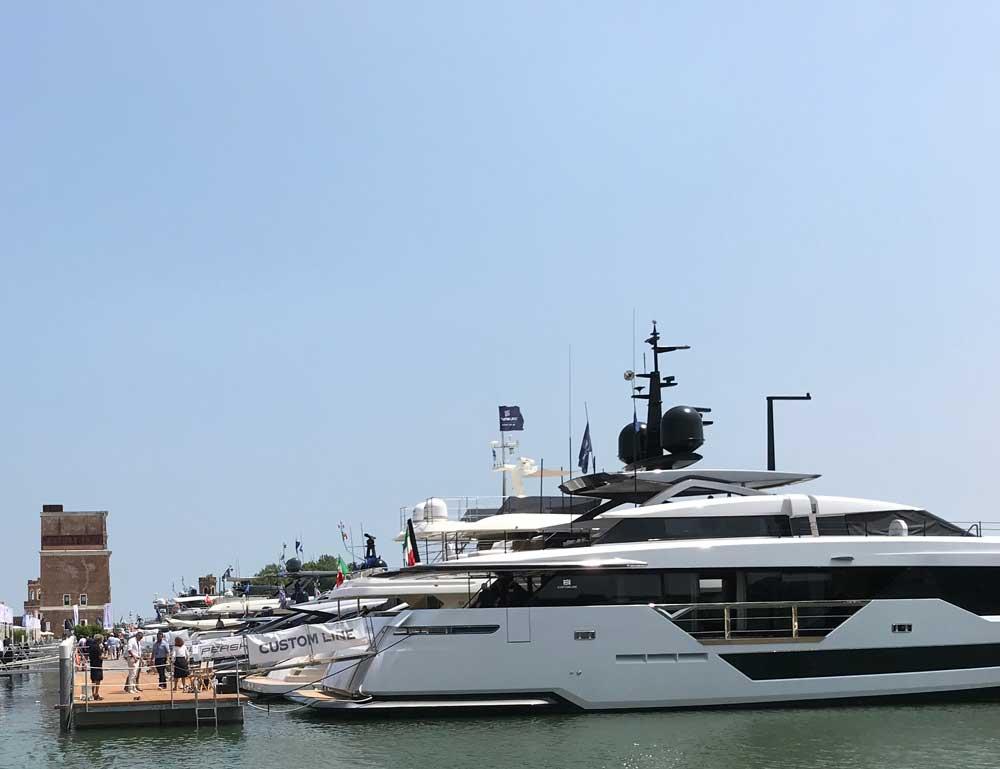 Gli Yachts presenti in acqua